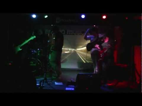 And The Elephants - Adrift (30/03/2012)