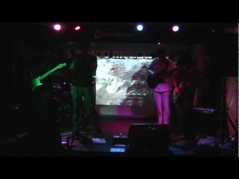 And The Elephants - Monomania (30/03/2012)