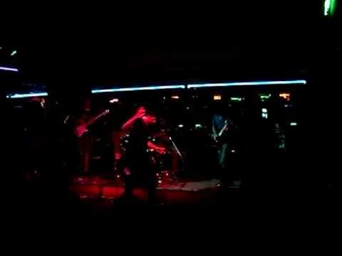And The Elephants - Adrift (1 Febrero 2012)