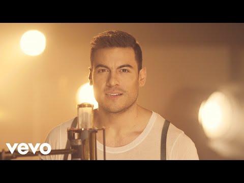 Carlos Rivera - Recuerdos de Amor (Lembranças de Amor) (Si Fuera Mía [Video Oficia])
