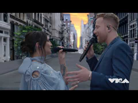 JP Saxe & Julia Michaels - If The World Was Ending (VMA Performance)