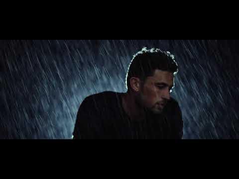 Michael Ray   Whiskey And Rain (Performance)
