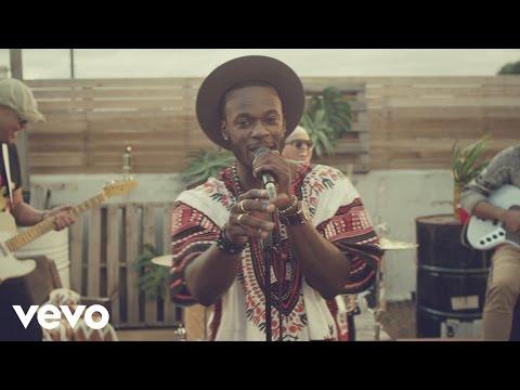 Tim Omaji - Something Bout You