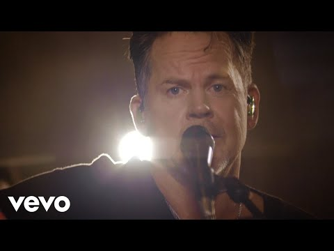 Gary Allan - Waste Of A Whiskey Drink (Official Acoustic Video)