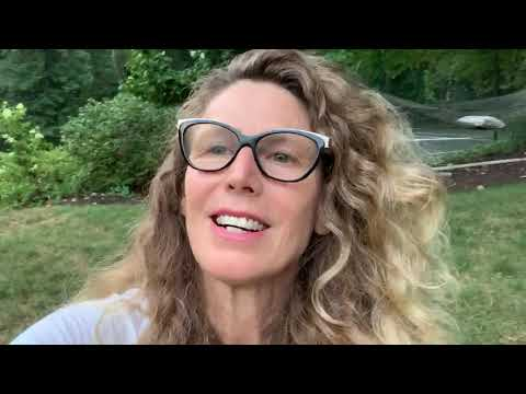 Sophie B. Hawkins | Fan Q&A | Dominique from Belgium Asks About Video for 'Right Beside You'