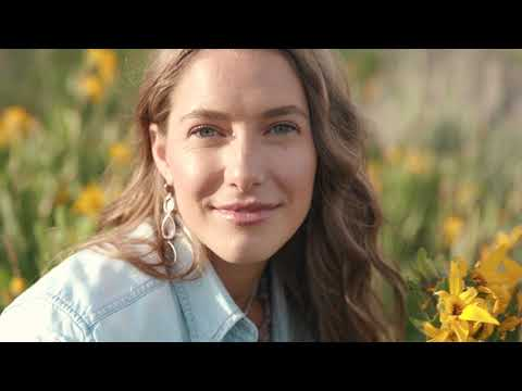 Caroline Jones - What a View (Official Music Video)