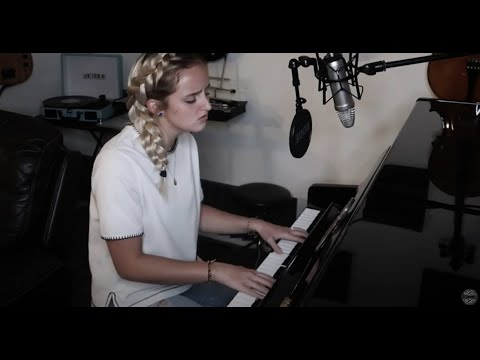 Evie Clair - Let Her Go (Passenger)