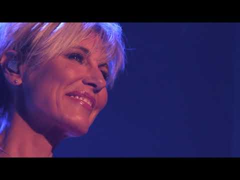 Dana Winner Teaser Eerste Liefde Leuven