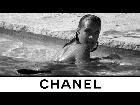 Spring-Summer 2021 Teaser of the Show by Inez & Vinoodh —  CHANEL