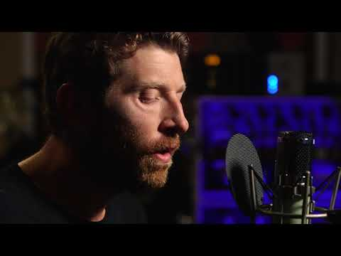 Brett Eldredge - Sunday Drive (Live From Royal Plum)