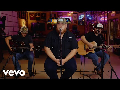 Luke Combs - Cold As You (Acoustic)