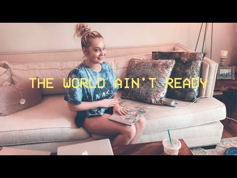 RaeLynn - Baytown Diaries Trailer