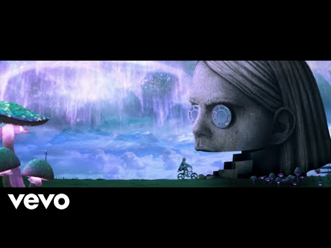 BENEE - Snail (Official Music Video)