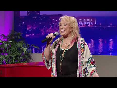 "Tanya Tucker - ""Strong Enough To Bend"" (Live on CabaRay Nashville)"