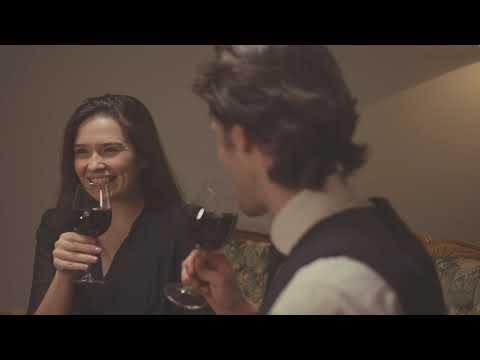Estrellas De Tierra Caliente - Has Nacido Libre ft. La Maquinaria Norteña (Lyric Video)