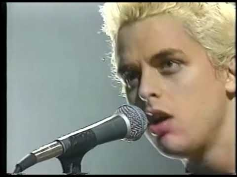 Green Day - Brain Stew (Live at MTV's Hanging Out 1996)