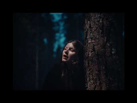 girl in red - rue (official video)