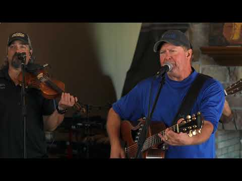 Tracy Lawrence - Somebody Paints The Wall (The Man Cave Sessions)