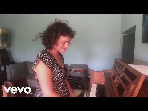 Norah Jones - Nightingale (Live From Home 5/28/20)