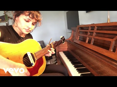 Norah Jones - Wake Me Up (Live From Home 4/23/20)