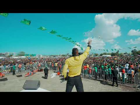 Diamond Platnumz - Perfoming Live at Tanganyika Packers ( jeje )