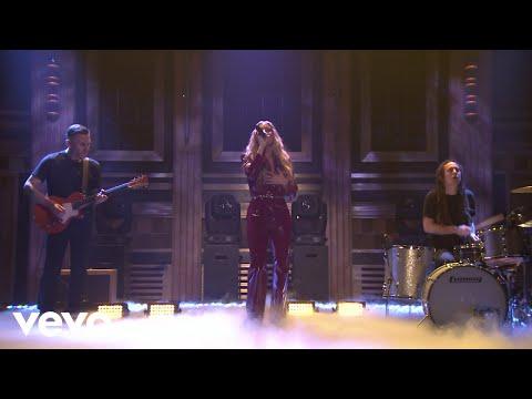 FLETCHER - Undrunk (Live on The Tonight Show Starring Jimmy Fallon)