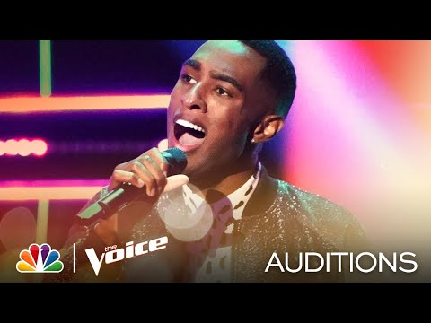 """Kiari Mhoon Gets Emotional Singing Hunter Hayes' """"Wanted"""" - The Voice Blind Auditions 2020"""