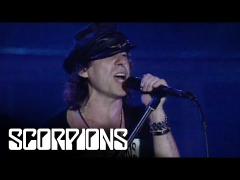Scorpions - Blackout (Live in Berlin 1990)