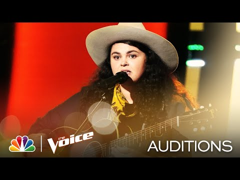 "Michelle Moonshine Sings James Taylor's ""Carolina in My Mind"" - The Voice Blind Auditions 2020"