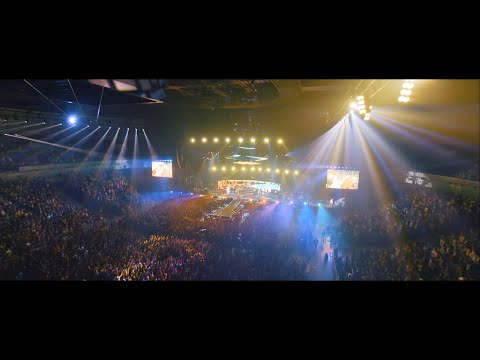 """ONE OK ROCK - Change [Official Video from """"EYE OF THE STORM"""" JAPAN TOUR]"""