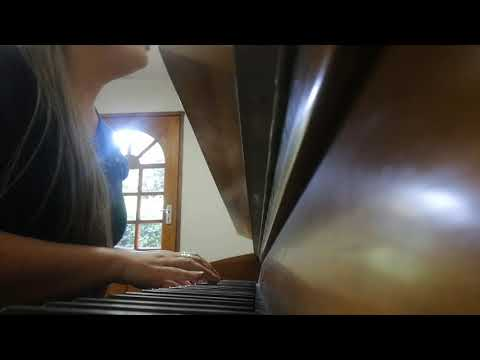 Hallelujah piano cover LIVE by Lizandra Winter