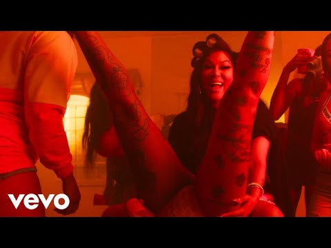 Lyrica Anderson - Girls Have Fun (Official Music Video)