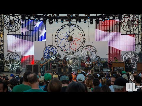 "The String Cheese Incident - ""Honky Tonk Heroes"" (Billy Joe Shaver)"