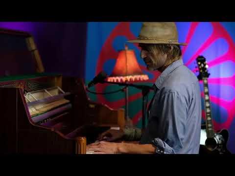 "Todd Snider - ""Paradise"" (John Prine)"