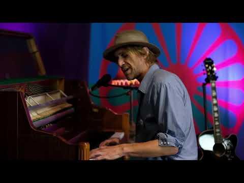 "Todd Snider - ""Mr. Bojangles"" (Jerry Jeff Walker)"