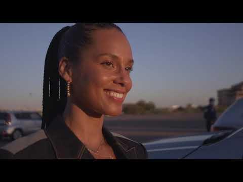 Alicia Keys on the Campaign Trail w/ Kamala Harris