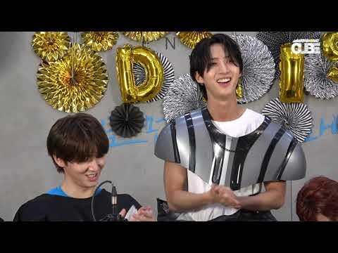 '데이지(Daisy)' M/V 2000만뷰 공약 이행 라이브 - 하이라이트 클립 04