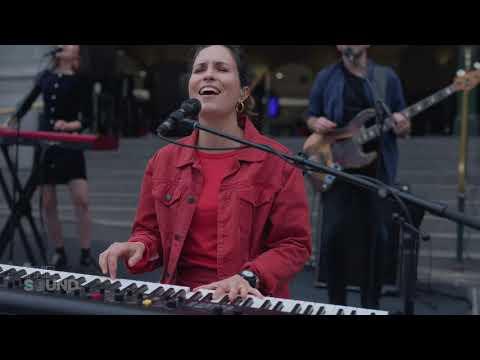 Missy Higgins - When The Machine Starts (Live on The Sound)