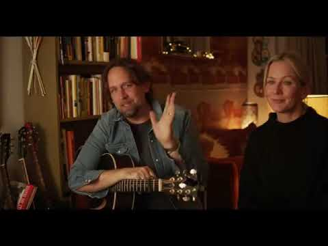 """Hayes Carll and Allison Moorer sing Billy Joe Shaver's """"Live Forever"""" and discuss honky tonkers."""