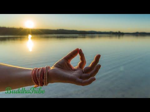 Yoga Peaceful Music: Music for Exercise, Chakra Balancing & Healing, Music for Yoga Poses ☆BT19