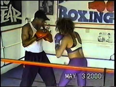 Tisha Campbell-Martin/Boxing