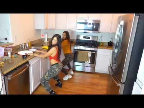 Bailando y Cocinando con Maria Laura