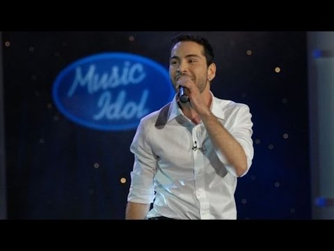 Plamen Dereu - Give in to Me (Live on Music Idol 3) [Michael Jackson Cover]
