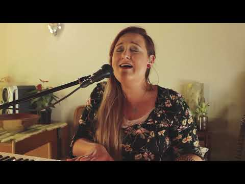 Doves eyes - Tasha Cobbs Cover by Lizandra Winter
