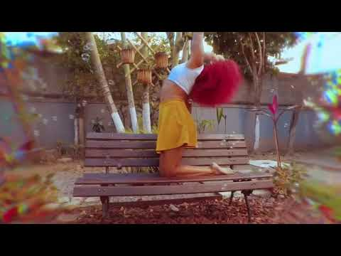Cardigan - Taylor Swift / Em comemoração ao Dia dos Bailarinos
