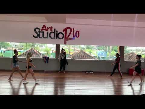 Primeiro ensaio / Coreografia Combatchy- Arielle Macedo