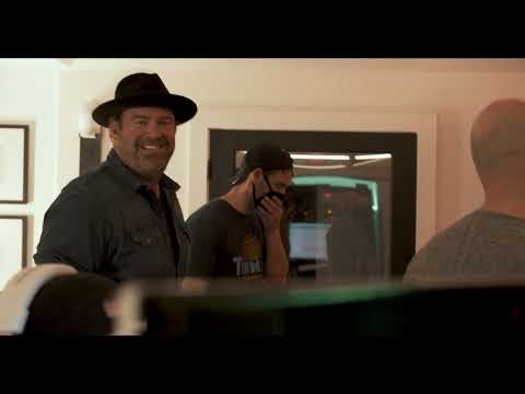 Lee Brice - Go Tell It On The Mountain (In The Studio)
