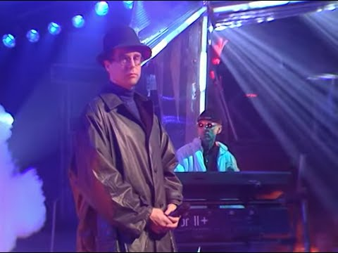 Pet Shop Boys - Being Boring on Top of the Pops 29/11/1990