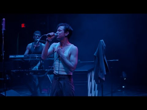"Perfume Genius - ""Nothing At All"" (Live at the Palace Theatre)"