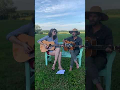 """Field Sessions: """"Stick With Me Baby"""" by the Everly Brothers w/ guest Jasmine Bleile (Satellites)"""